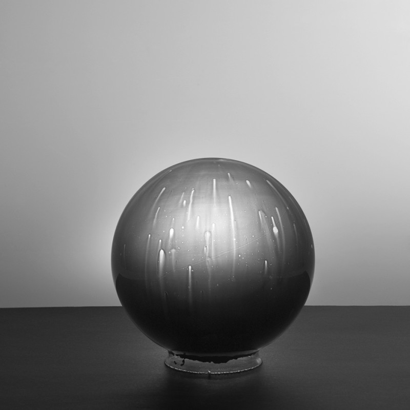 林博彦&黄承聪 Lam Pok Yin Jeff & Chong Ng, 玻璃球负片#18 Glass Sphere Negative #18,2015,数字微喷 Inkjet Print,48.7×60.96cm