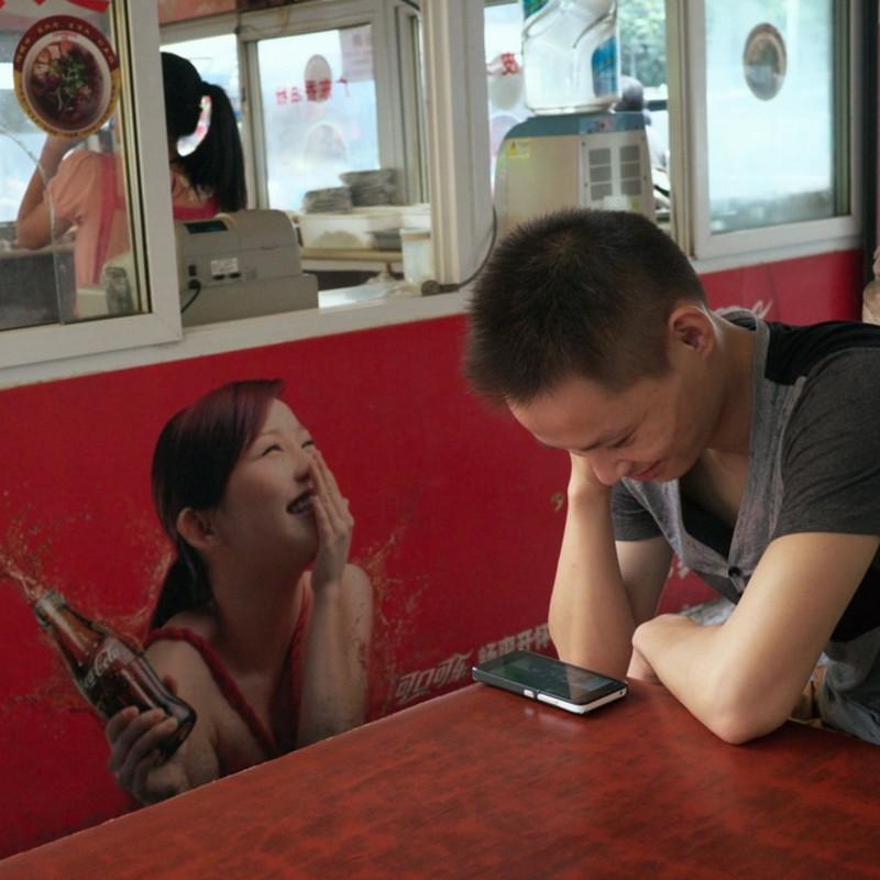 """刘涛 《遗失在街边的""""幽默""""》 Liu Tao Humor Lost in the Street 2011 - 2013"""