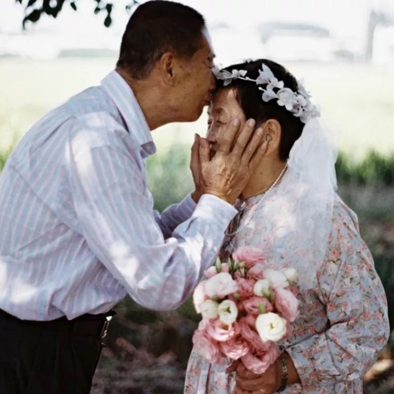 补拍的婚纱照 ©️朱辰阳