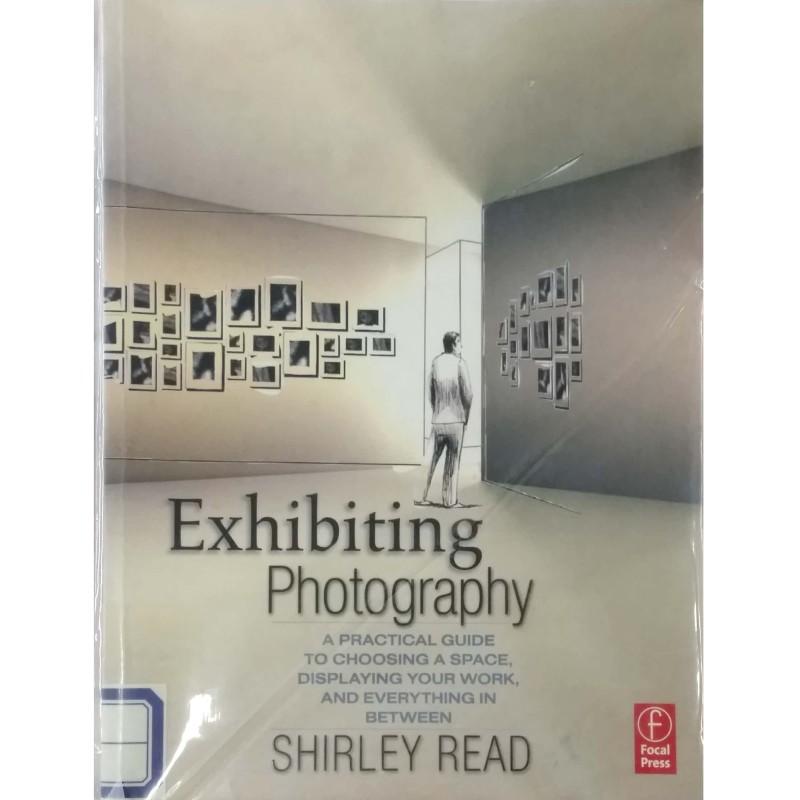 Exhibiting Photography