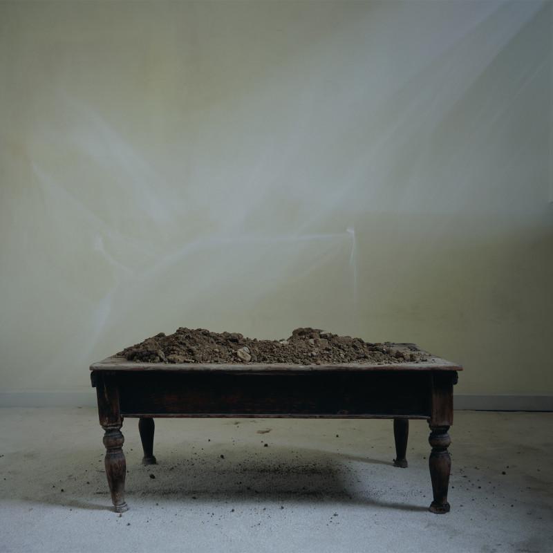 《一动不动的物体 No. 1》 Motionless Object no. 1 2008