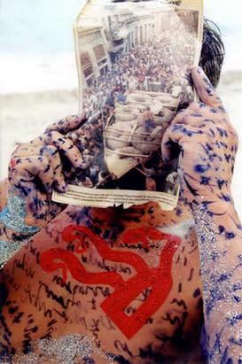 Carlos Betancourt, Coloquenme un Amuleto bajo la Frente, 2002, 2002