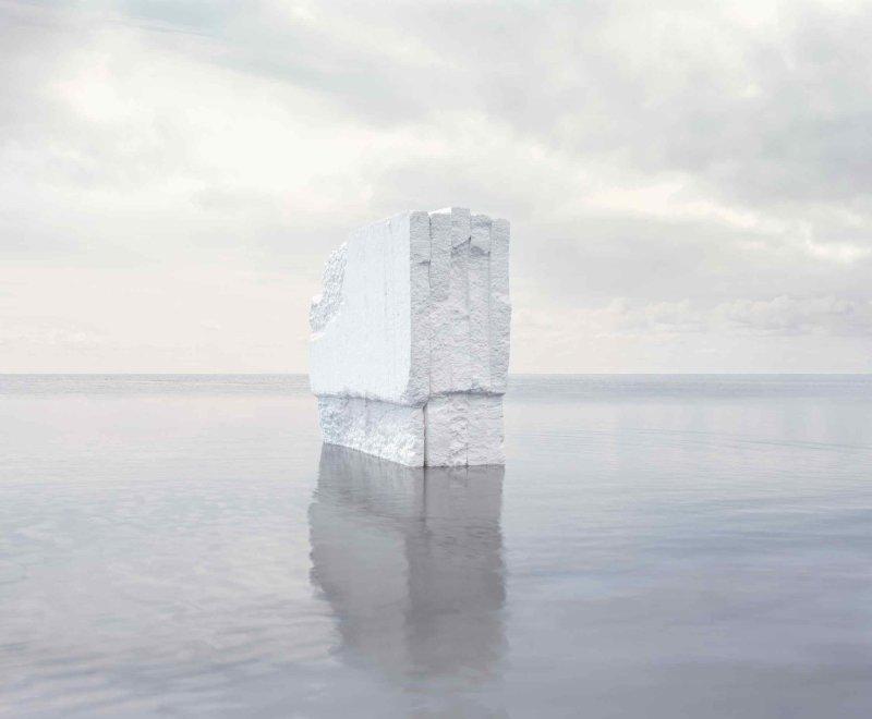 Noémie Goudal, Iceberg, 2012