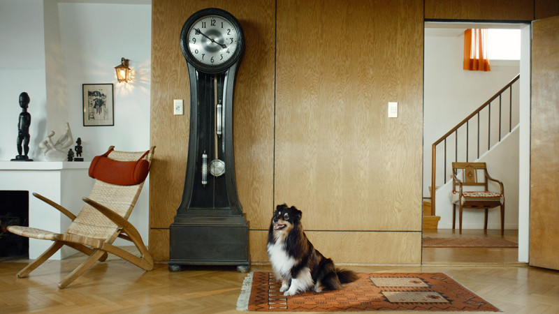 RAGNAR KJARTANSSON, Scenes From Western Culture, Dog and Clock, 2015