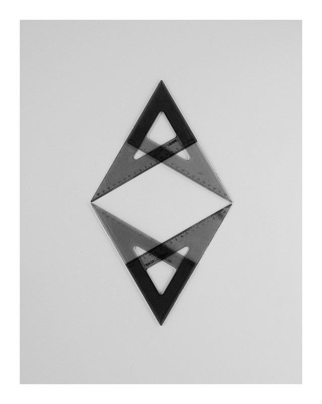IGNACIO URIARTE, Four Geometry Sets Right Angled Triangle 18B, 2011