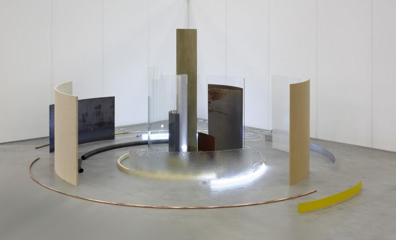 ALICJA KWADE, Connectivity of Force Free Bodies Ouroboros, 2010