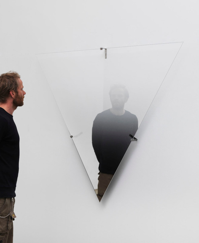 ÓLAFUR ELÍASSON, Hesitant movement ground, 2013