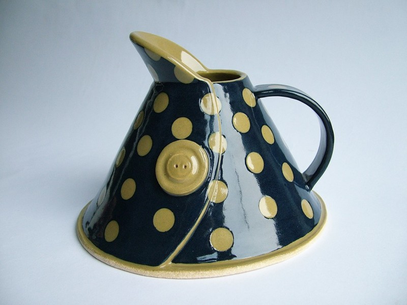 Hilary Coole, Spotty button jug - blue