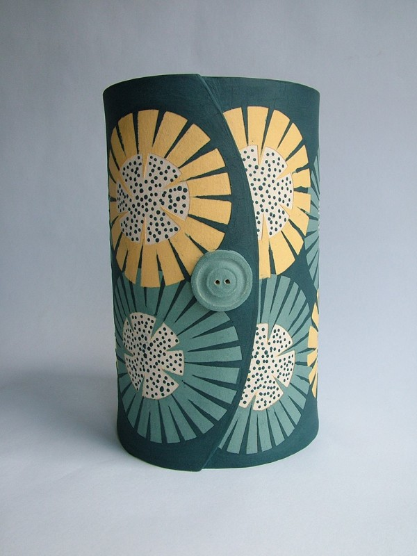 Hilary Coole, The Bees Knees-sunflower vessel med. navy