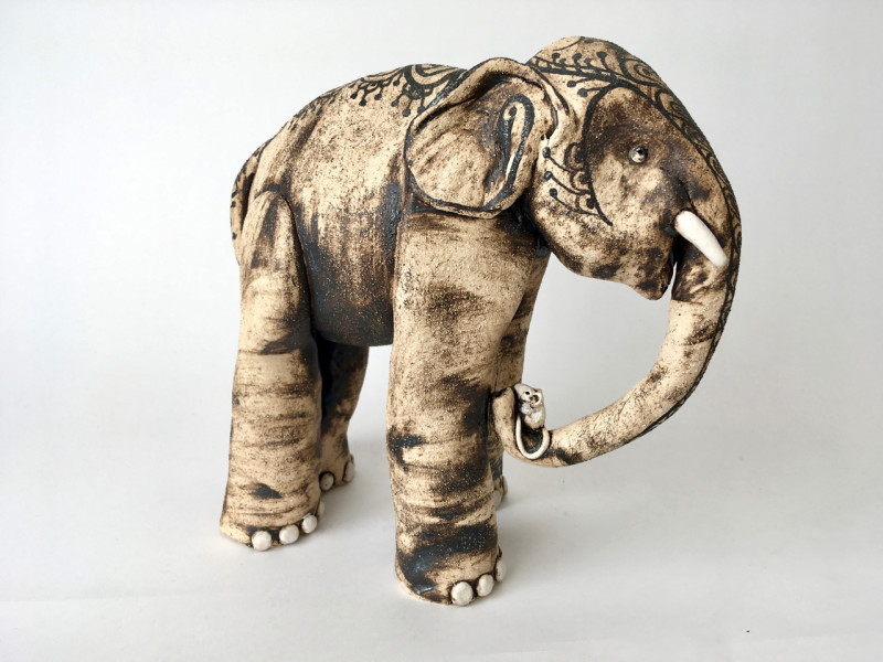 Lesley Anne Greene, Mehndi elephant with mouse