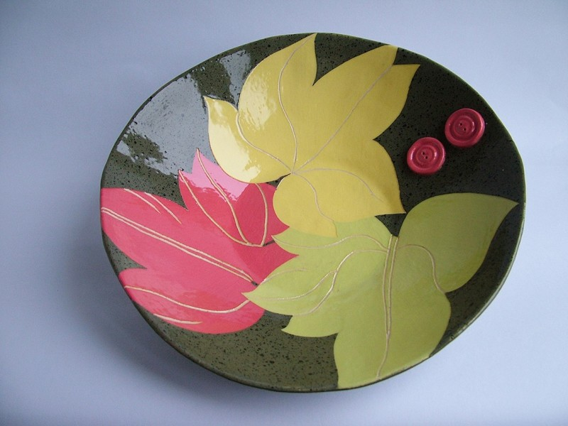 Hilary Coole, Leaf bowl - green