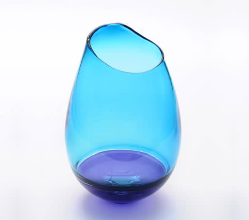 Bob Crooks, Oblique Vase - small