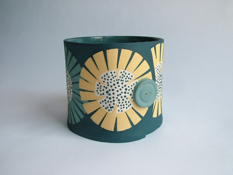 Hilary Coole, The Bees Knees-sunflower vessel small