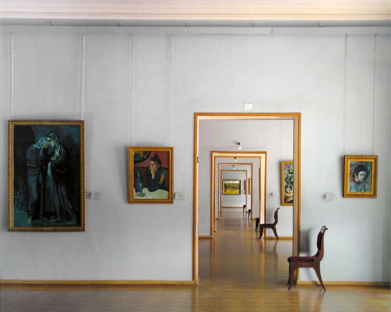 Room 348, St. Petersburg, 2000