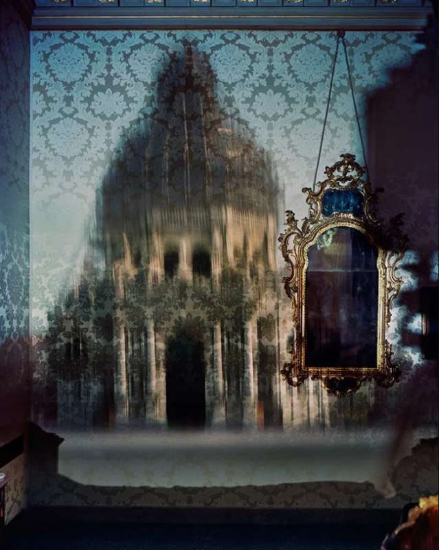 Abelardo Morell, Blurry Upright Camera Obscura: Santa Maria della Salute with Scaffolding in Palazzo Bedroom, 2007