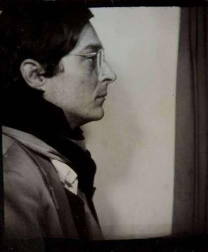 William Eggleston, Self-Portrait in Profile in a Photo Booth, ca. 1974