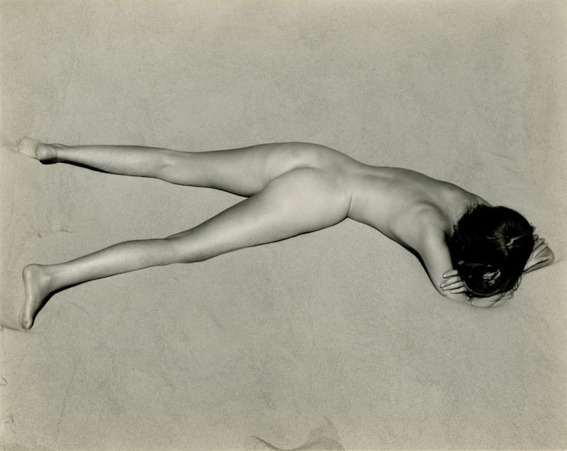 Edward Weston, Nude on Sand, Oceano, 1936