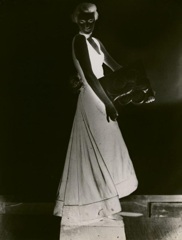 Dora Maar, Sans titre (mode), c. 1934