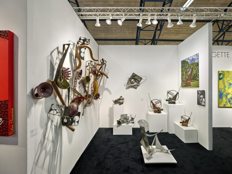 A solo exhibition with the Bridgette Mayer Gallery accompanied the award.