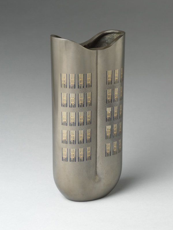 Nakagawa Mamoru (Japanese, born 1947), 7 o'clock NY, 2020. Reiwa period (2019–present). Cast alloy of copper, silver, and tin with inlays of copper, silver, and gold. H. 13 7/8 (35.2 cm); W. 6 1/8 in. (15.6 cm); D. 3 1/2 in. (8.9 cm). The Metropolitan Museum of Art, Gift of Hayashi Kaoru, in celebration of the Museum's 150th Anniversary, 2020 (2020.390.1). Image © Nakagawa Mamoru