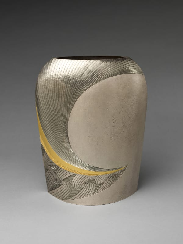 Otsuki Masako (Japanese, born 1943). Distant (Yū) Silver Vase, 2007. Heisei period (1989–2019). Silver with gold decoration. H. 12 in. (30.5 cm); W. 9 1/2 in. (24.1 cm); D. 6 in. (15.2 cm). The Metropolitan Museum of Art, Gift of Hayashi Kaoru, in celebration of the Museum's 150th Anniversary, 2020 (2020.76.2) Image © Otsuki Masako