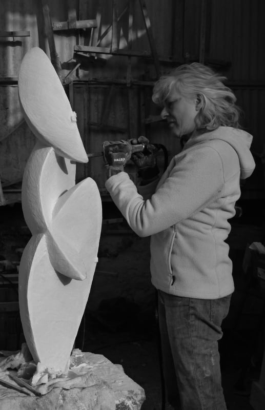 Almuth working on a Marble sculpture in Pietrasanta, Italy
