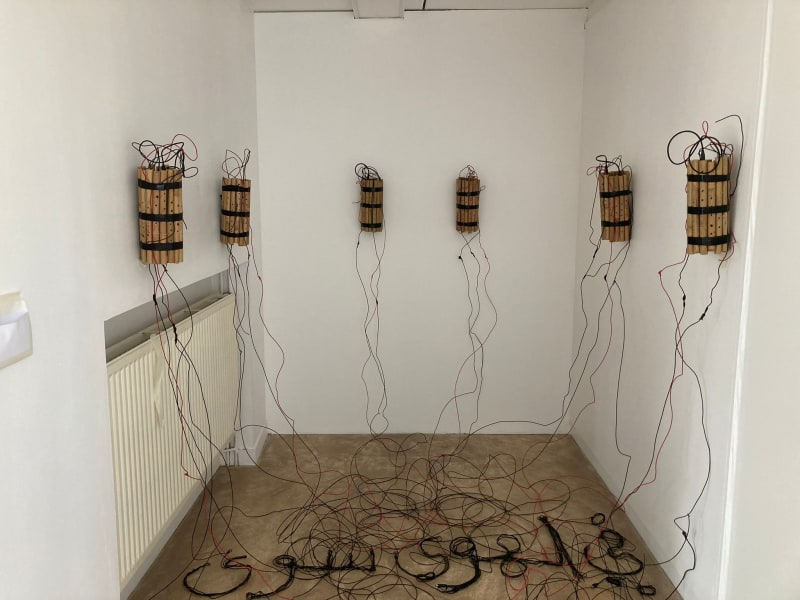 Fi el Hawa Sawa 2015-2016 Installation, electric cables, bamboo flutes Variable dimensions In collaboration with el Atlal - géricho /...