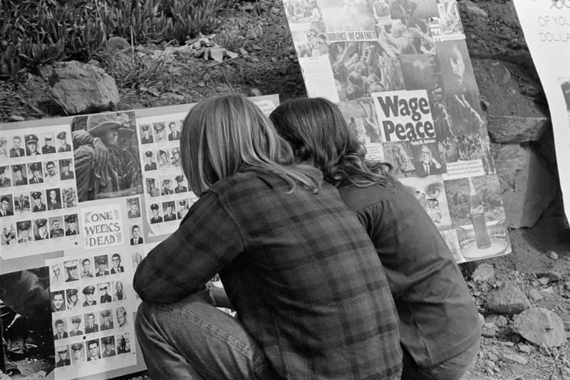 Baron Wolman, BIG SUR FOLK FESTIVAL, ESALEN, BIG SUR, CALIFORNIA, 1969