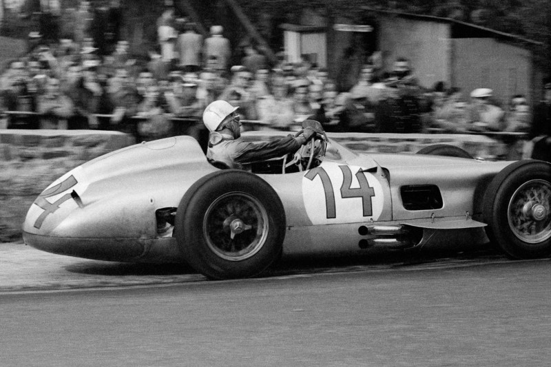 STIRLING MOSS, MERCEDS SPA, BELGIUM, 1956