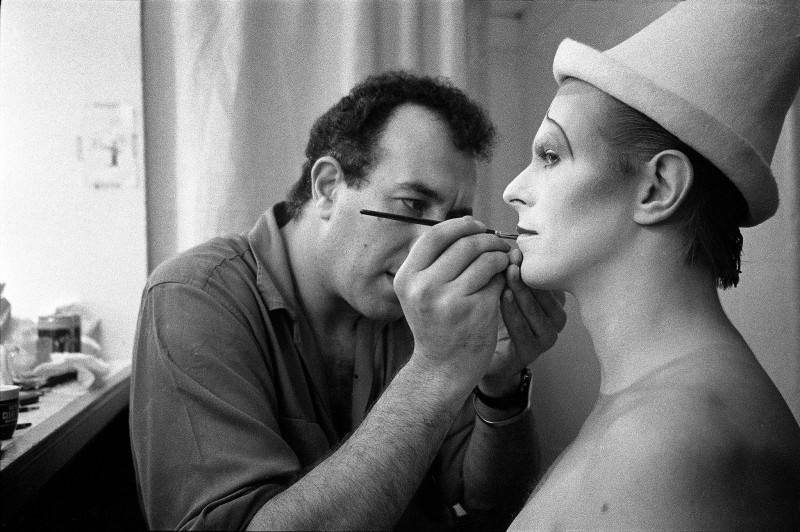 DAVID BOWIE IN SCARY MONSTERS MAKE UP SESSION, LONDON, 1980