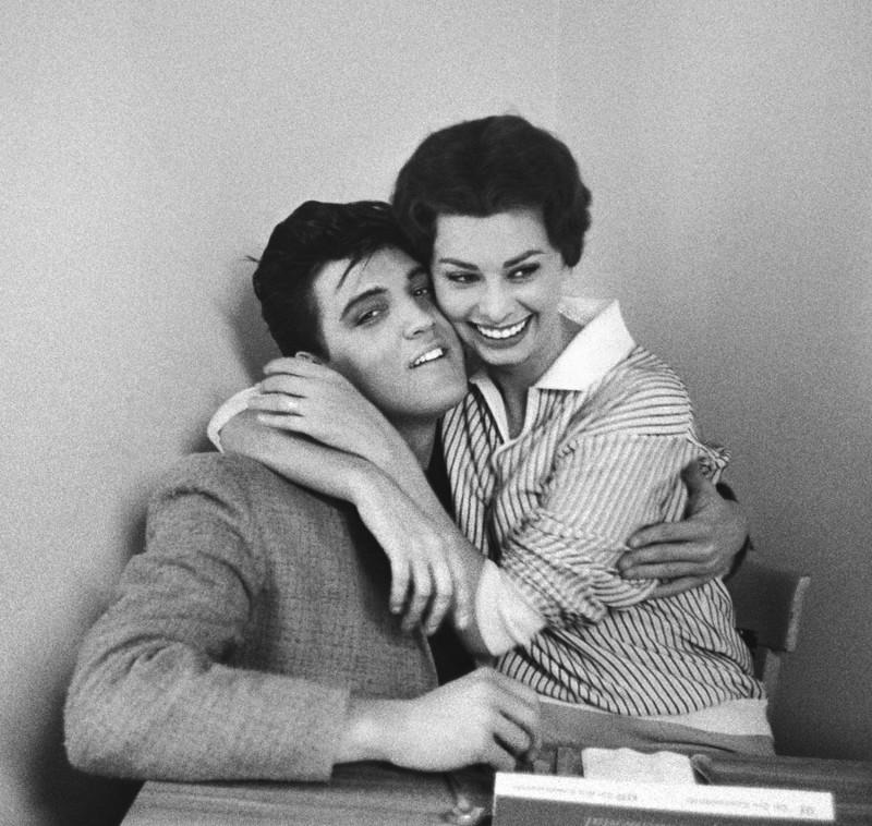 ELVIS PRESLEY AND SOPHIA LOREN AT PARAMOUNT STUDIOS, 1958