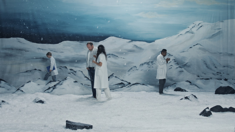 RAGNAR KJARTANSSON, Figures in Landscape (Saturday), 2018