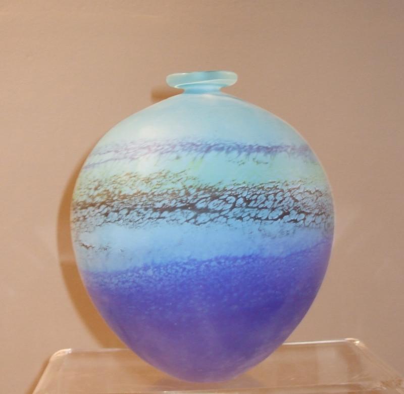 Will Shakspeare, 283 Coast medium round vase