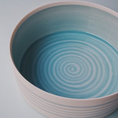 Kathryn Sherriff, Porcelain deep serving dish