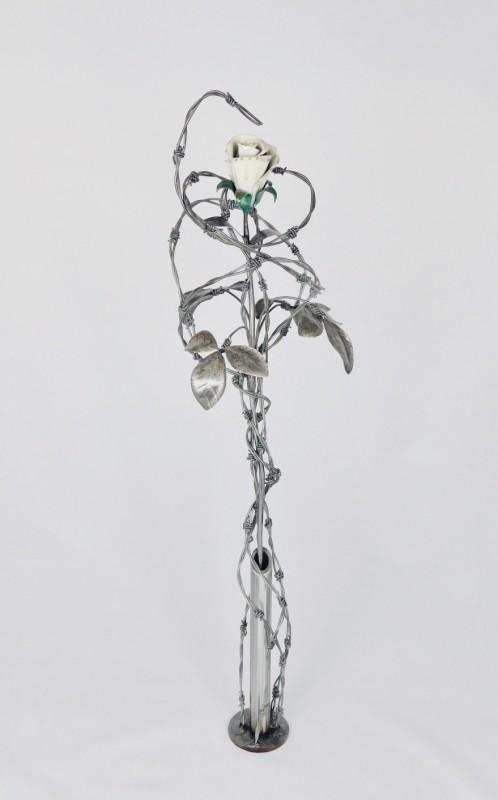 Keith Evans, Entangled ivory white rose