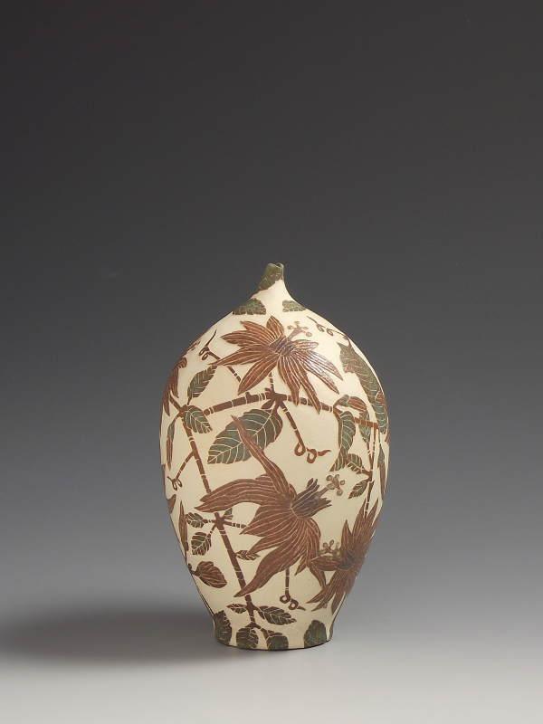 Tiffany Scull, Amazonian Passion Flower vessel