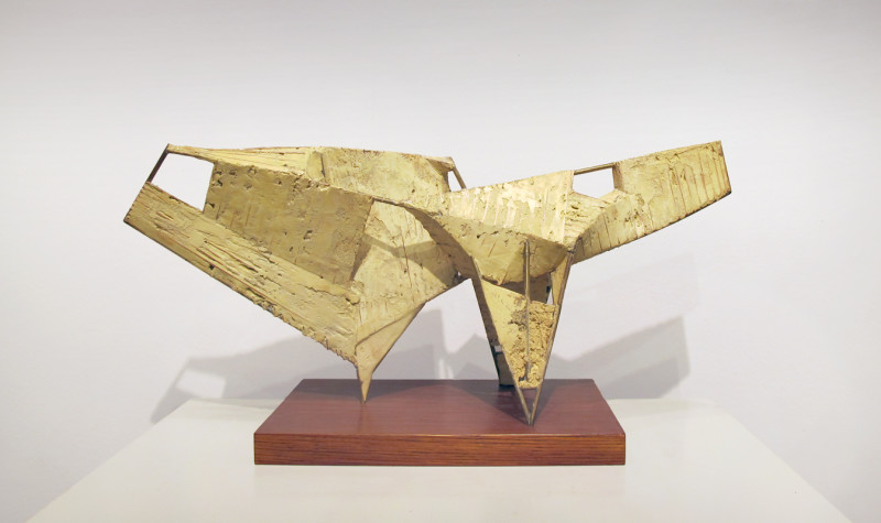 Leigh Davis, Grounded Form