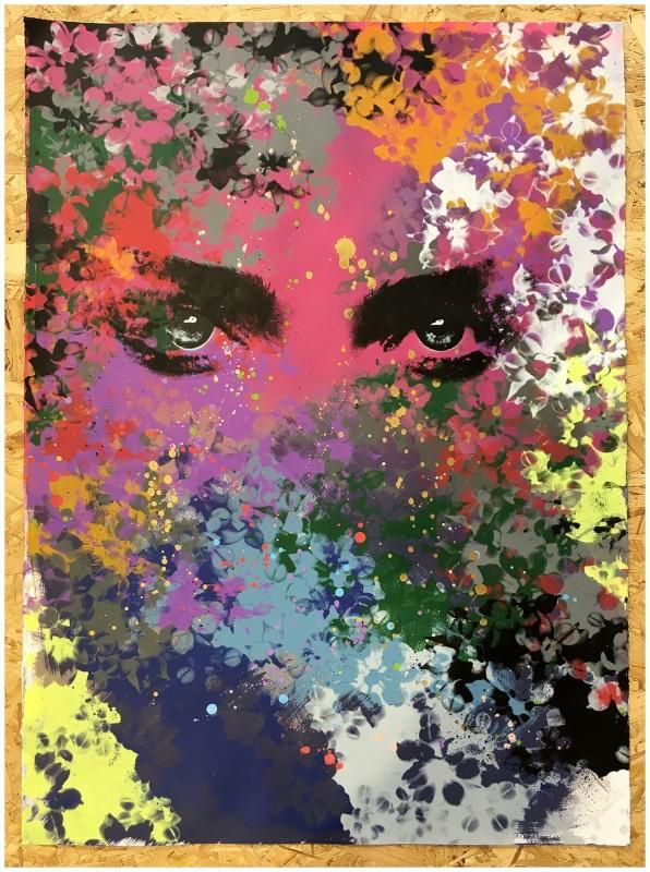 Static, in Bloom : 'Lipstick'