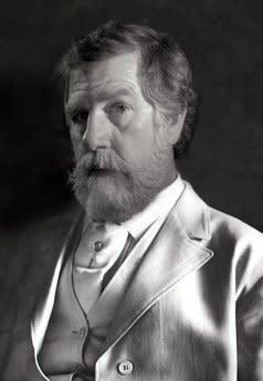 R. Tom Gilleon