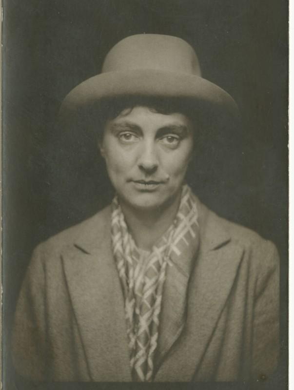 Doris Hatt