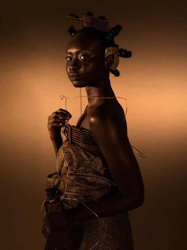 DJENEBA ADUAYOM, BLACK GOLD #3, 2018