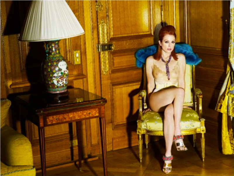 Mario Testino, Julianne Moore at the Crillon Hotel, Paris 2008