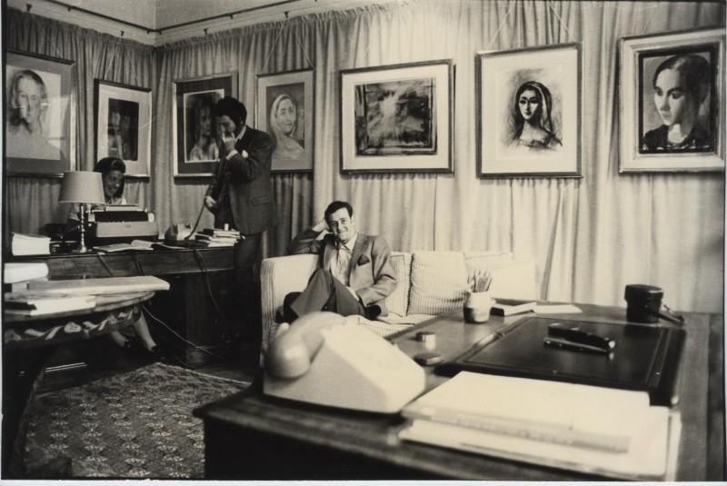First Exhibition, Installation. Richard Nathanson (seated) & John Baskett