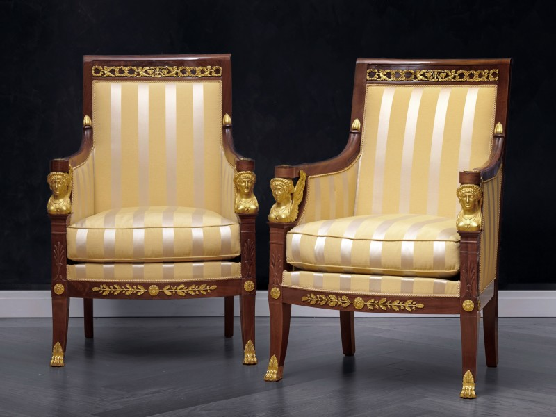 A suite of Restauration seating furniture, containing a pair of bergères, a set of 6 fauteuils and a canapé by Etienne-François Quenne, Paris, date circa 1825
