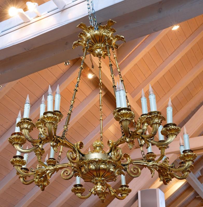 A Russian early nineteenth century gilt bronze twenty-five light chandelier, Saint Petersburg, date circa 1835-45