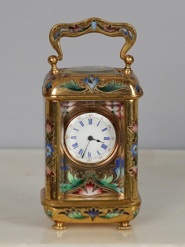 A 19th Century carriage clock with round corners, Paris, date circa 1870