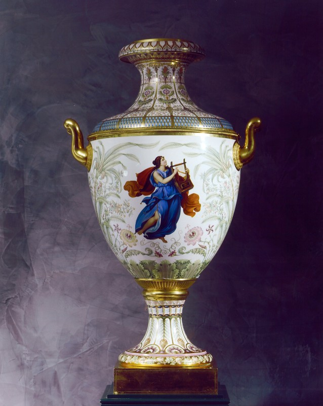 A Classical Munich Vase Sorte No 4, made by the Royal Berlin Porcelain Manufactory, Berlin, date circa 1840