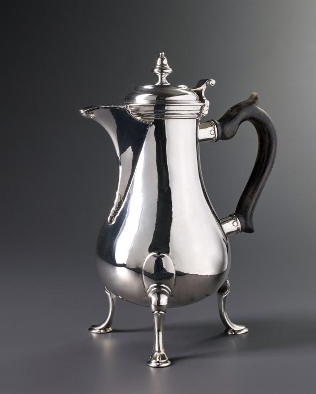 A Swiss coffee-pot by Louis Richard, Lausanne, date circa 1760