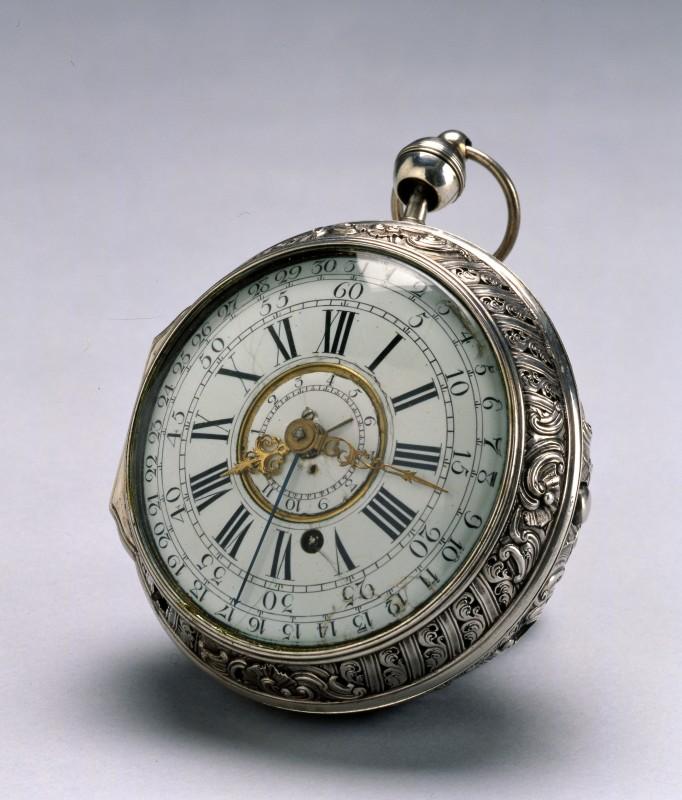 A Grande and Petite Sonnerie silver coach watch by Julien Le Roy, Paris, date circa 1735