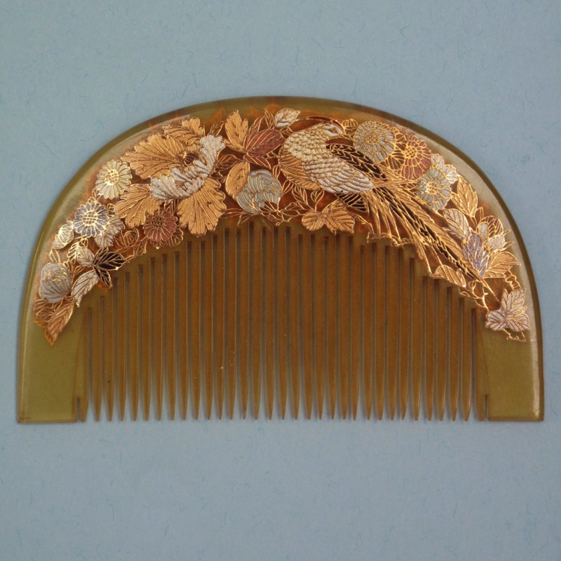 Vintage Japanese hair comb.